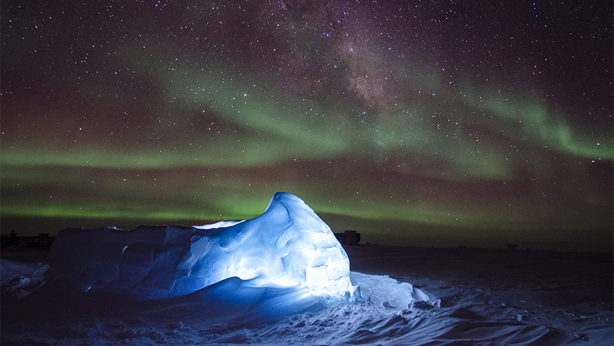 Aurora Australis and LED illuminated igloo