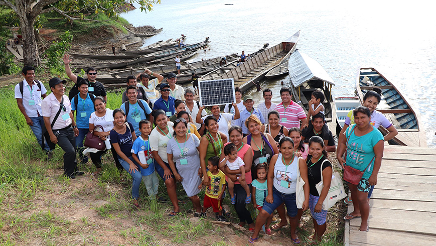 Group of students from the e-Mujer Energy School for Women