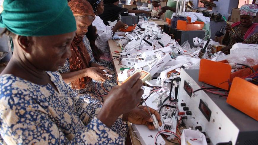 Barefoot Women Solar Engineers in Sierra Leone