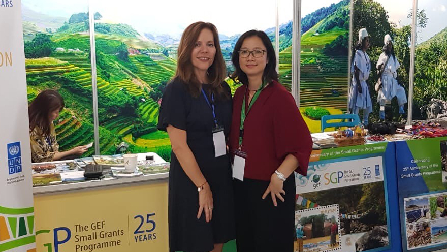 Pilar Barrera Rey with SGP National Coordinator in Vietnam at the GEF Assembly 2018