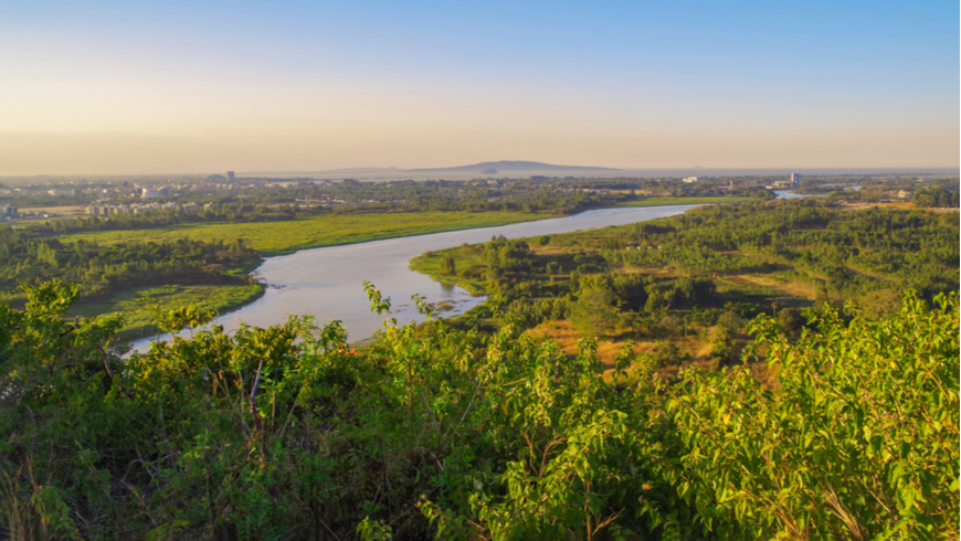 Scenic evening view of the Blue Nile river, Bahir Dar and Lake Tana in the background. Ethiopia, Amhara Region